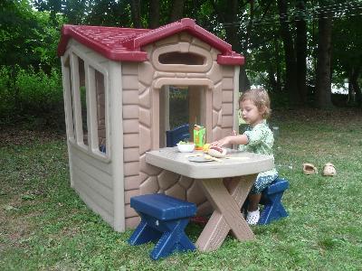 - Little Tikes Picnic On The Patio Playhouse - Walmart.com