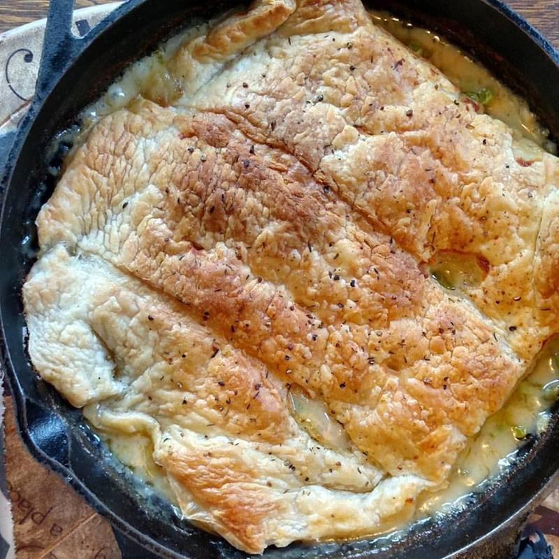 deep-dish chicken pot pie | Tastefully Simple
