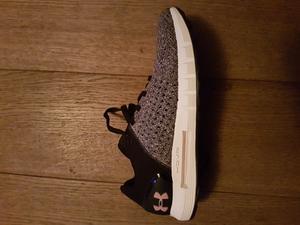 Mooie kleuren, verliefd op deze schoen! Loopcomfort pasvorm PERFECT