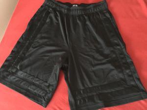 Shorts in schwarz
